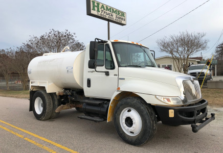 Image for International 4300 2000 Gallon Water Truck, 2009